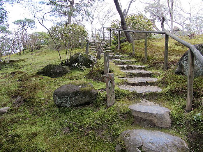 Isuien Garden Nara Travel Tips - Japan Travel Guide ...